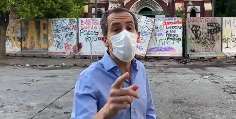 """Alcalde de Santiago destroza acción del Gobierno ante el 18-O: """"Eso era predecible y uno no necesita ser experto en inteligencia"""""""