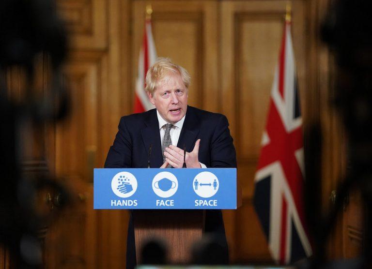 Reino Unido donará 100 millones de dosis de vacunas COVID-19