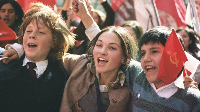 Programa Escuela al Cine lanza Colección y material educativo sobre Infancia y adolescencia en el cine chileno