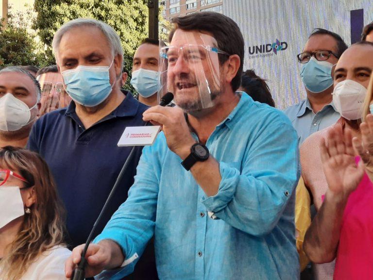 """Orrego gana la primaria para Gobernador con """"aplastante victoria"""" de apenas 44 mil votos"""