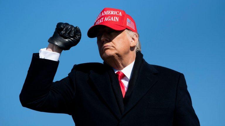 """EEUU: Trump no se resigna a la derrota y le da """"PLR"""" a director de seguridad electoral por decir que no hay evidencia de fraude"""
