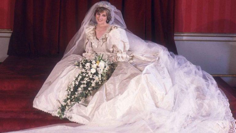 """El icónico vestido de novia de la princesa Diana será tema en la próxima temporada """"The Crown"""""""