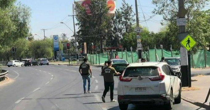 Carabineros detiene a una persona tras ubicar el vehículo usado en mortal balacera en Maipú