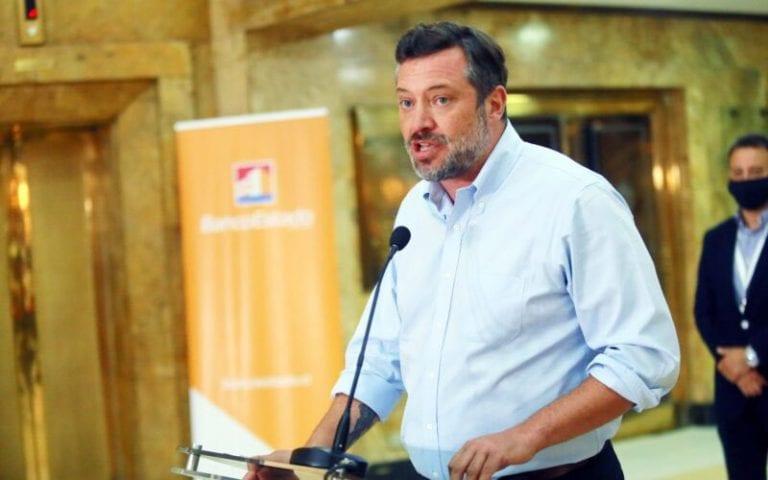 PPD apunta a Sichel como responsable por aglomeraciones para renovar tarjetas de BancoEstado
