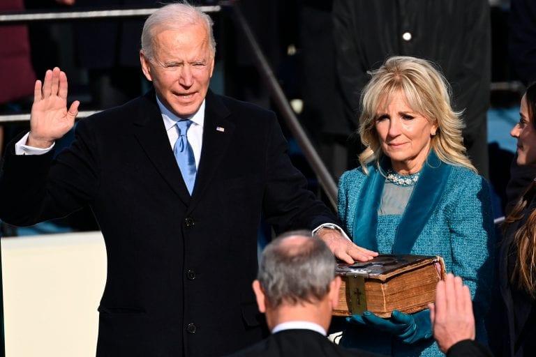 """Biden asume como presidente y pide unidad a los estadounidenses,  porque sin ella """"solo hay amargura y furia"""""""