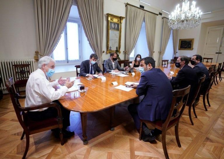 """Piñera le cierra la puerta a proyecto antirepresión impulsado por diputados de oposición y lo califica como """"Agenda de Inseguridad e Impunidad"""""""
