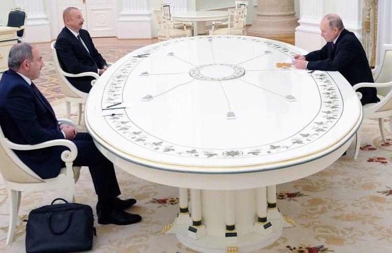 Putin, Aliyev y Pashinián firman una declaración conjunta sobre Nagorno Karabaj