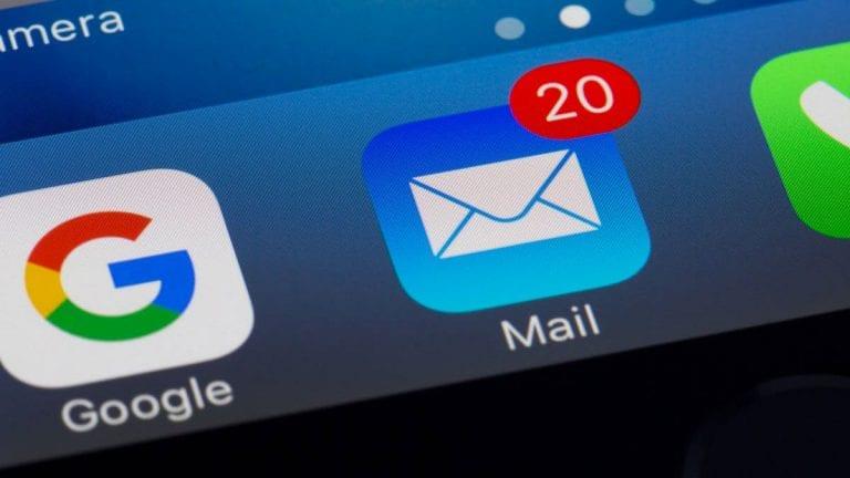 Más de un tercio de los chilenos no sabe reconocer un e-mail falso