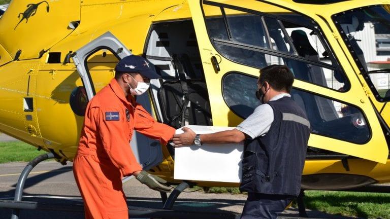 Empresa de Helicópteros ayuda a trasladar vacunas contra el Covid-19 a sectores apartados de la Región Metropolitana