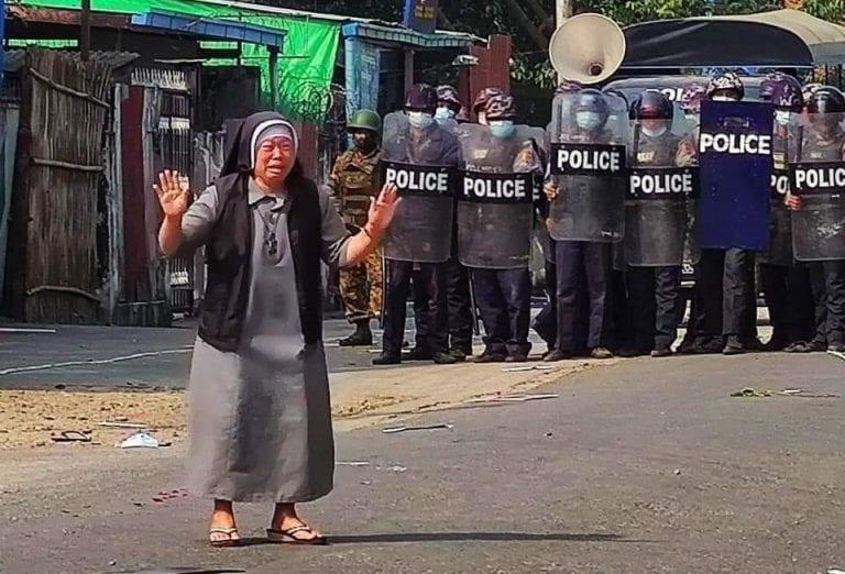 Myanmar/Birmania: Al menos 11 muertos en el día más sangriento de las protestas contra el golpe