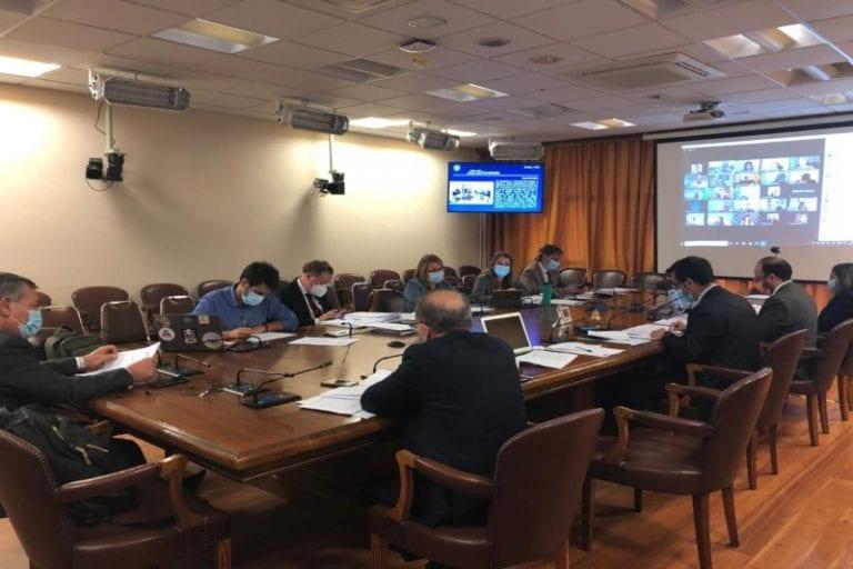 Comisiones unidas aprobaron en general proyecto de postergación de elecciones y Sala de la Cámara lo votaría esta madrugada