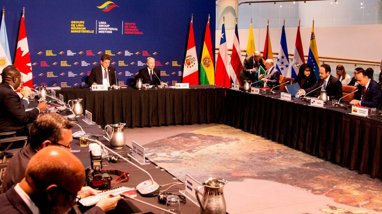 Se sigue desmoronando la estrategia regional anti-Maduro: Argentina formalizó su retiro del Grupo de Lima