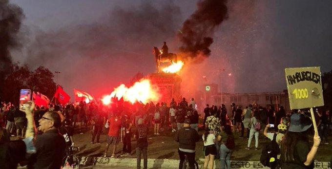 Intento de incendio a monumento a Baquedano genera rechazo de autoridades y críticas al gobierno por el desastre del sector