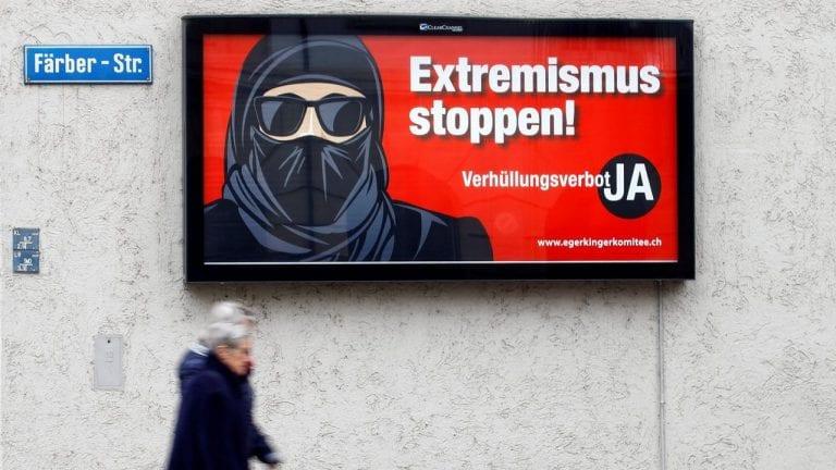 Suiza prohibió en referéndum uso de la burka en sitios públicos