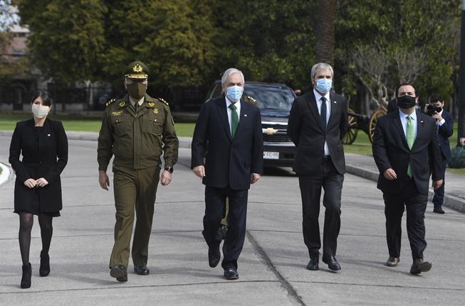 El Gobierno respira: Tribunal saca los nombres de Piñera, Blumel y Rozas de querella del CChDH