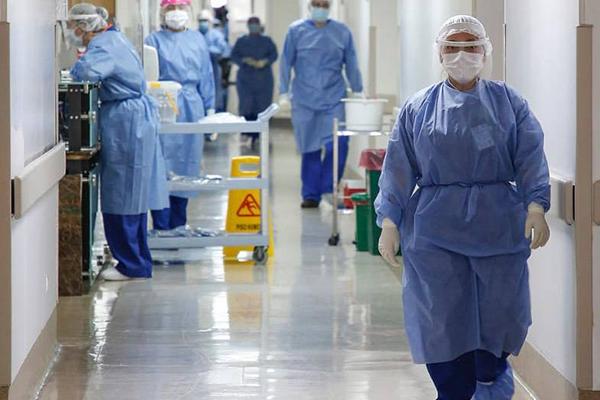 Minsal registra 828 nuevos contagios, 25 fallecidos y positividad de 2,17%