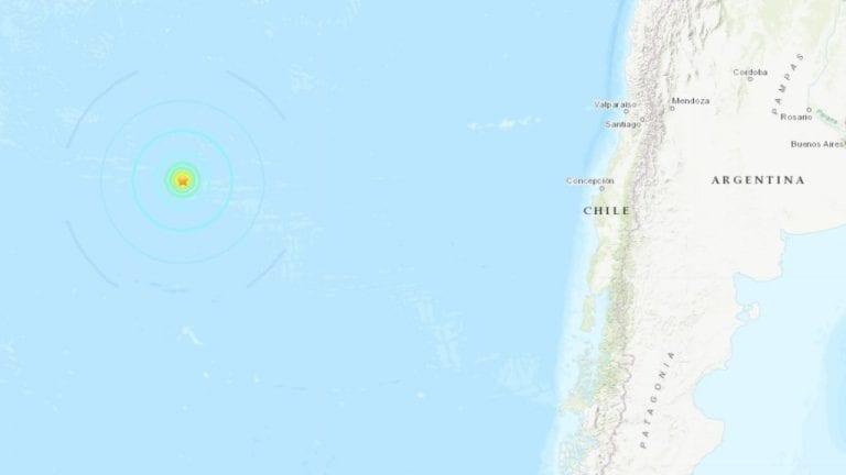 Leve sismo sacude Isla de Pascua
