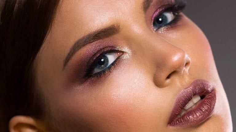 Make up artist entrega tips para maquillarse pare reuniones por videollamadas