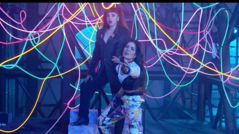 """Mon Laferte y Gloria Trevi unen fuerzas en """"La mujer"""""""