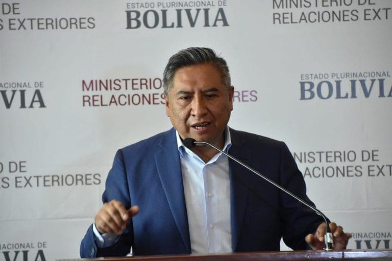 """Bolivia ratifica proceso de normalización de relaciones con Chile y de entrada le mete golazo: """"Manteniendo nuestra posición histórica e irrenunciable por la reivindicación marítima"""""""