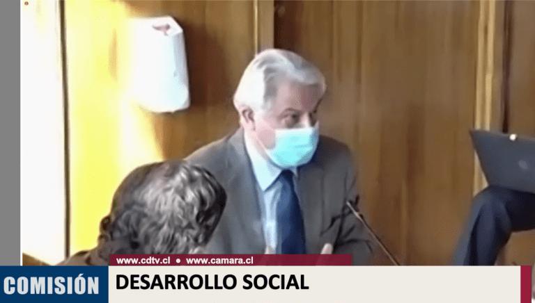 Comisión de Desarrollo Social de la Cámara posterga votación del IFE universal a pedido del Gobierno