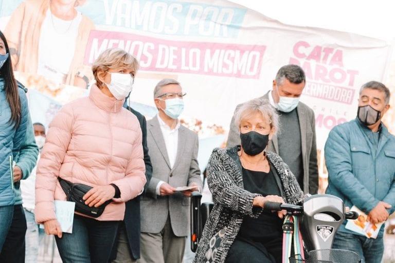 Parot recula y no se atrevió a apoyar a Matthei en punto de prensa con presidenciables de Chile Vamos