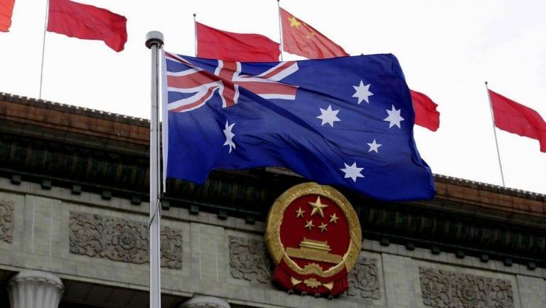 China saca las garras y suspende acuerdo estratégico con Australia