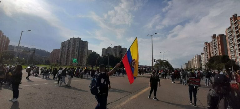 Crisis en Colombia: ONU pide garantizar el derecho a la libertad de reunión pacífica, la protesta y el acceso a los alimentos