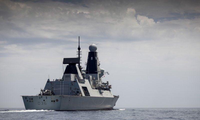 Rusia persigue a destructor británico fuera de las aguas de Crimea con  disparos de advertencia y Londres lo desmiente | Infogate