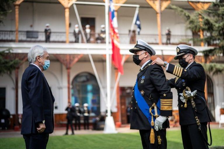 Almirante Juan Andrés de la Maza asumió oficialmente como nuevo Comandante en Jefe de la Armada