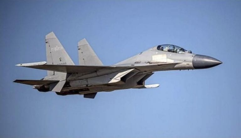 China sigue hostigando a Taiwán y envía un récord de 28 aviones de combate a sobrevolar su territorio