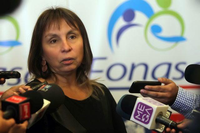 """Jeanette Vega se defiende y acusa a subsecretaria Martorell de """"persecución política"""" y """"planificación"""""""