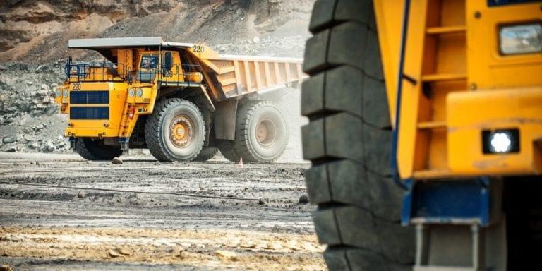 Narváez se lanza contra la minería: Pide derogar el actual impuesto  y cambiarlo por un royalty