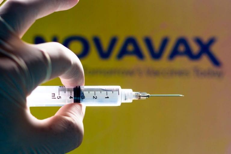 Coronavirus: Estudio revela eficacia del 93% en vacuna de Novavax de EEUU