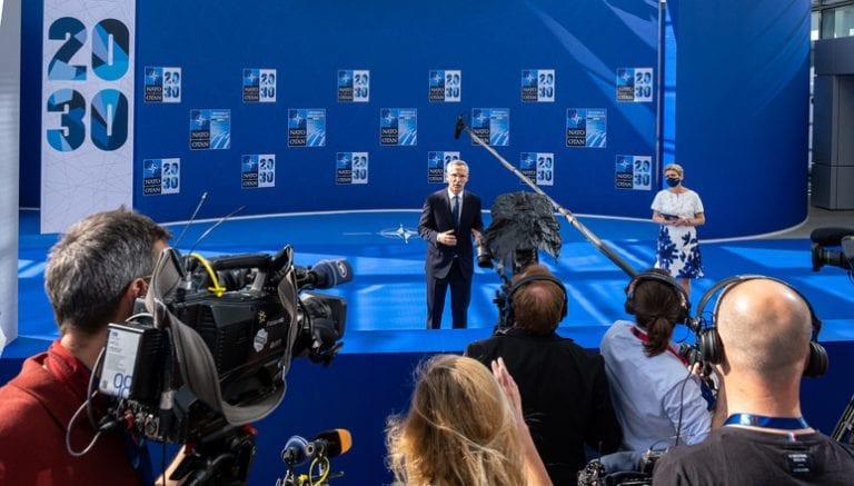 """Cumbre de la OTAN definirá si China """"presenta un riesgo para la seguridad"""""""