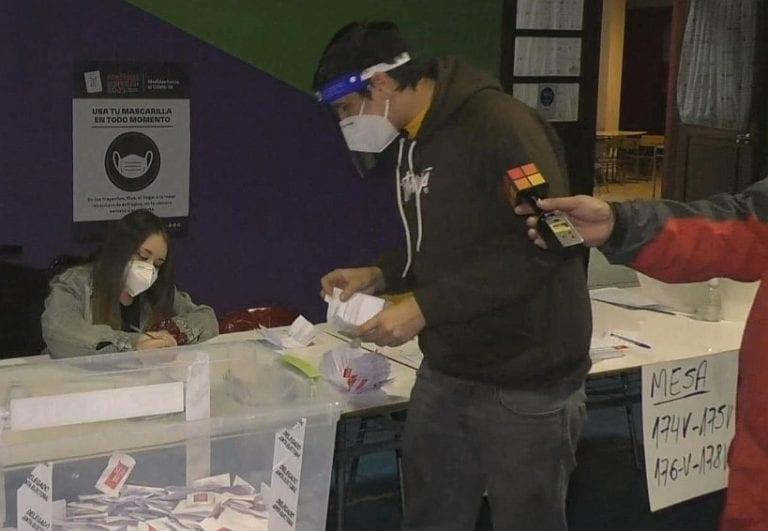 Primarias 2021: Se completa el cierre de mesas mientras Magallanes ya vive el conteo de votos