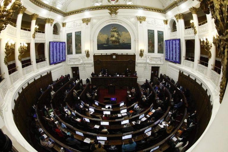 Convencionales de Vamos por Chile piden explicaciones a la Mesa de la CC por subrepresentación en el uso de la palabra