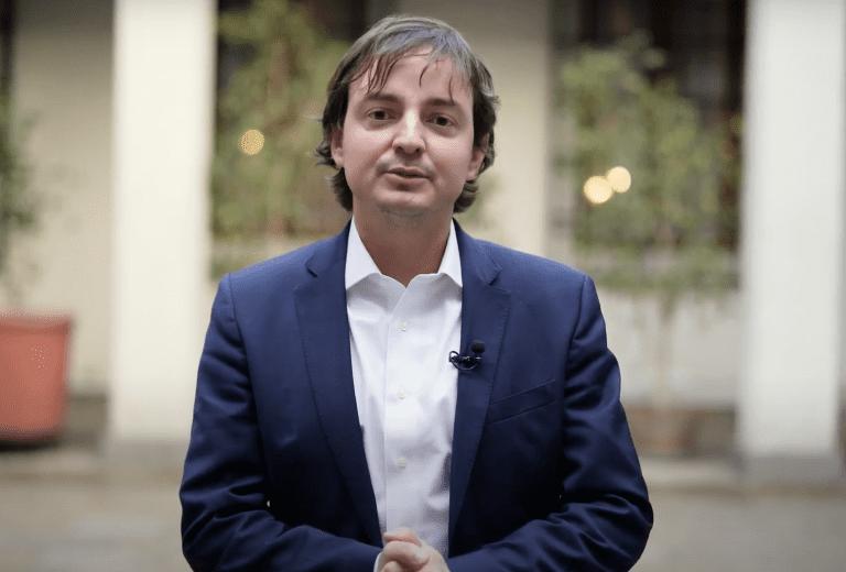 El secretario ejecutivo de la Convención Constitucional, Francisco Encina, también puso su cargo a disposición