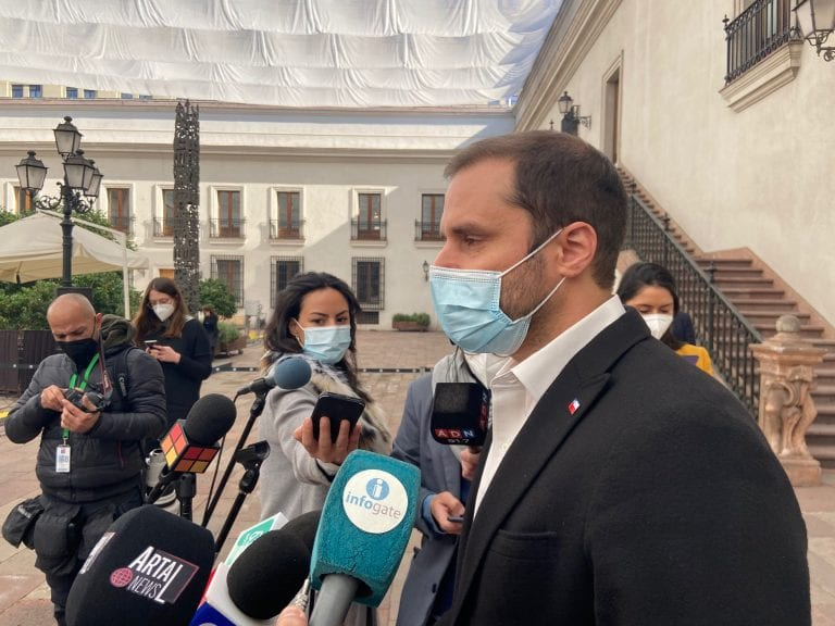 """Bellolio deploró """"actitud antidemocrática"""" del PC por acusación constitucional anunciada contra el ministro Ossa"""