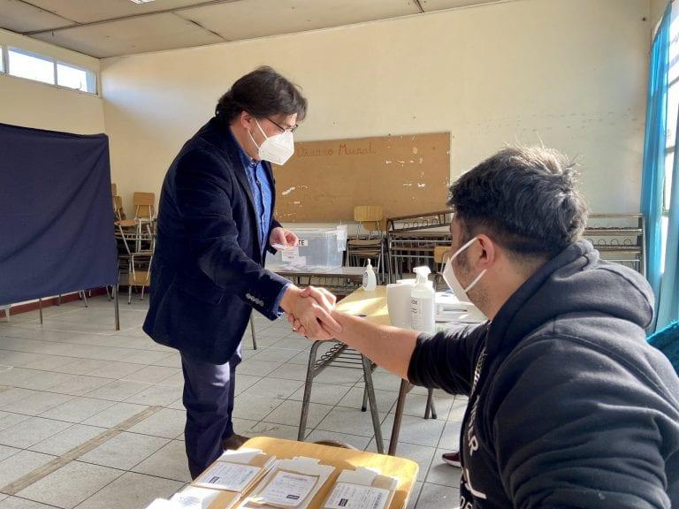 """Primarias 2021: Jadue tras votar reafirma que """"pase lo que pase hoy día venceremos y será hermoso"""""""