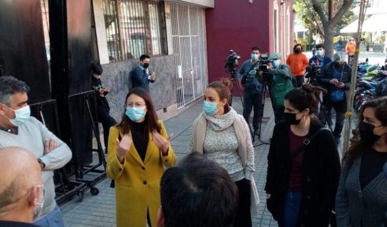 Alcaldesa Hassler solidariza con locatarios de Lastarria y pide a Interior y Carabineros cambiar estrategia