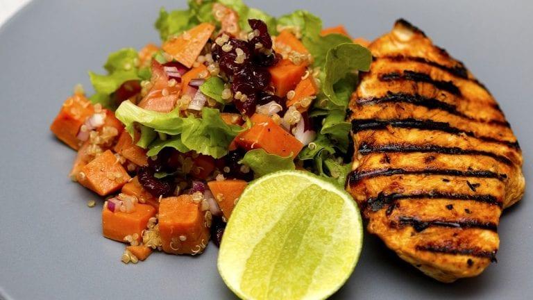 Estos son los nutrientes que no pueden faltar en tu dieta para fortalecer el sistema inmune