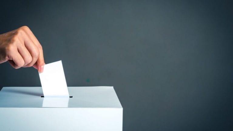 Brecha de género registra leve disminución tras elección de gobernadores y alcaldes