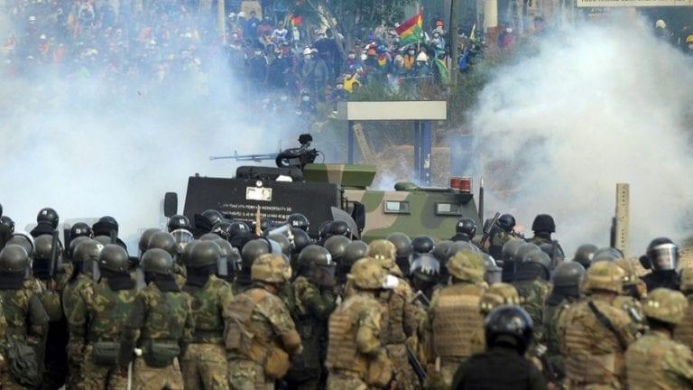 """Crisis Argentina-Bolivia por envio de armas: Ministro de Defensa argentino asegura tener """"pleno convencimiento de que Macri estaba al tanto"""""""