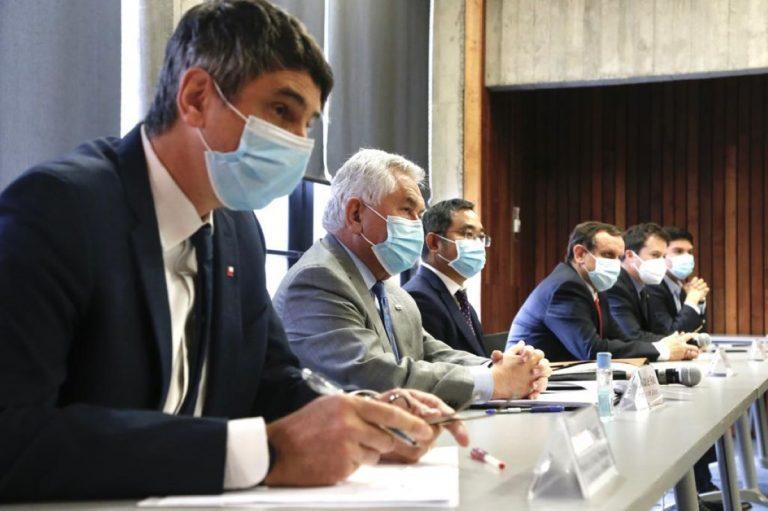 Sinovac anunció instalación de plantas de vacunas en las regiones de Antofagasta y Metropolitana