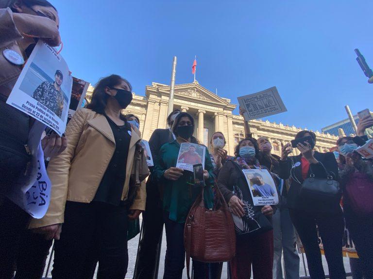 PC y organizaciones sociales presionan a la Comisión de Constitución del Senado para aprobar proyecto de indulto