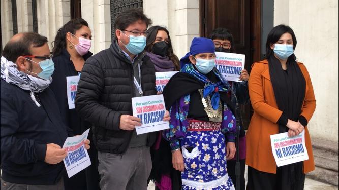 """PC respalda a machi Linconao: """"No queremos una ultraderecha que agravie, ofenda y discrimine al pueblo mapuche"""""""