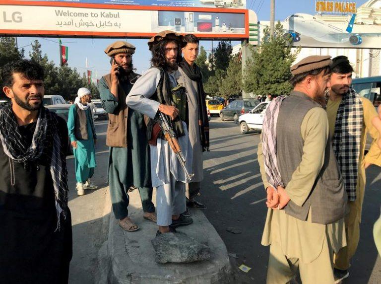 Rusia inicia contactos con nuevas autoridades de Afganistán