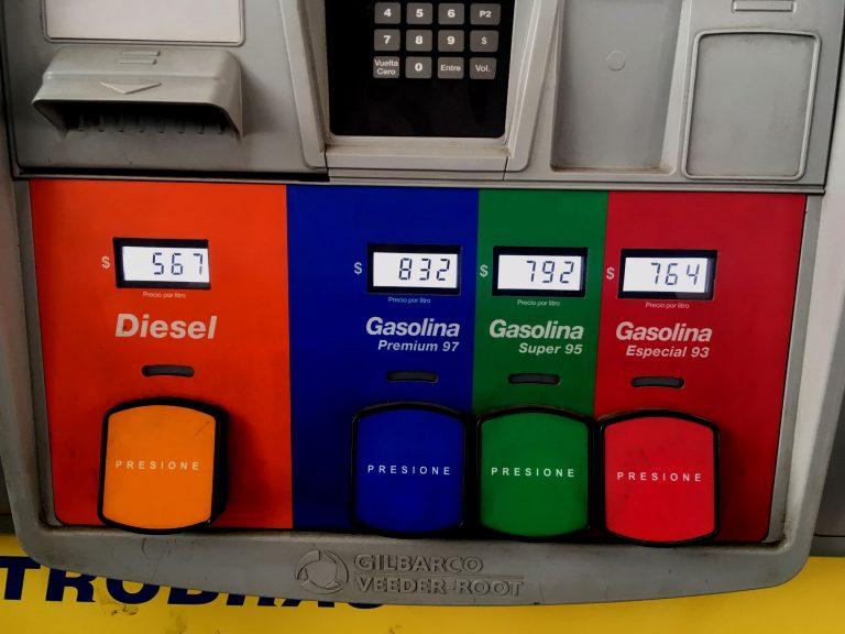Bencinas en el balancín: Sube la de 97 y bajan el diésel y el gas licuado