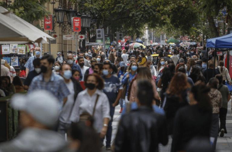 Nuevos contagios superan la barrera de los dos mil, hubo 11 fallecidos y positividad de 2,9%